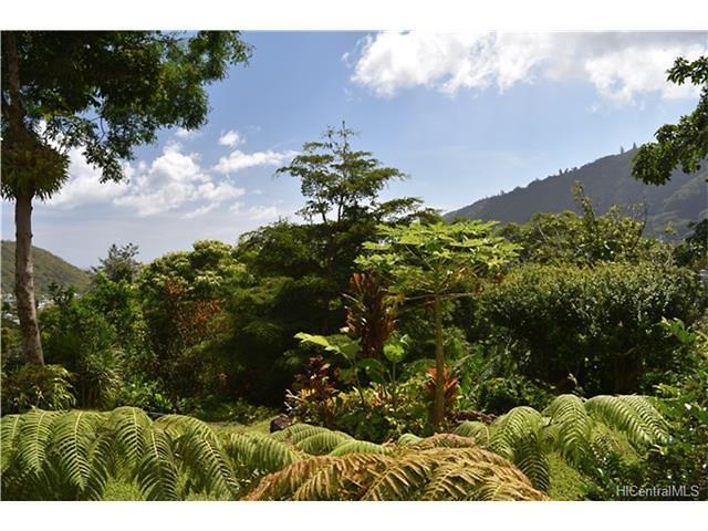 Photo of 3694 Woodlawn Terrace Pl, Honolulu, HI 96822